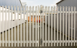 Photo of commercial fencing in Urbana, IL.