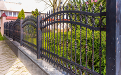 Residential Fencing Bloomington IL, residential fencing, residential fences, fencing, fences, residential fence installation, residential fencing installation, fence installation, fencing installation, residential fence companies, fence companies